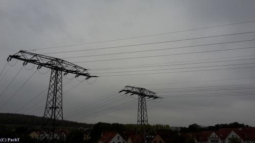 Strom - Linien 03 Spannungsfeld