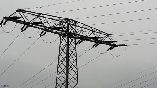Strom - Linien 04 Hochspannung