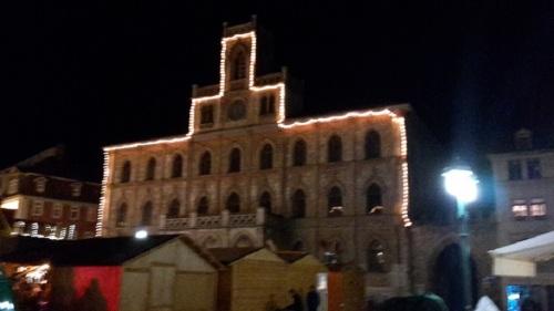 Weimar Marktplatz Weihnachtsmarkt _ Abend