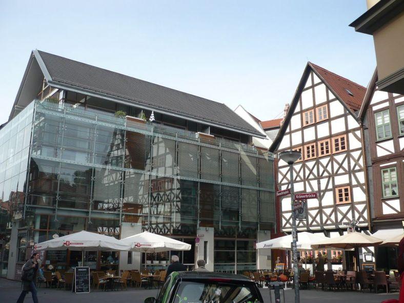 Benediktplatz 1