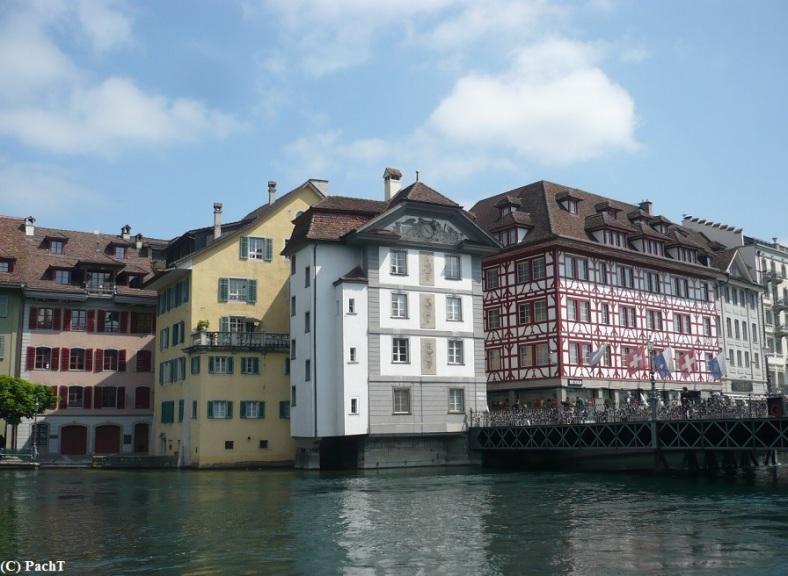 2016.05.23.-28. 074 Luzern Blick ü.d. Reuss auf Altstadt