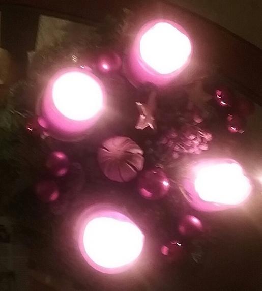 weihnachtlicher-tischschmuck