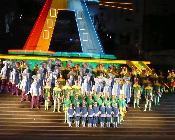 02-domstufenfestspiele-09-carminaburana
