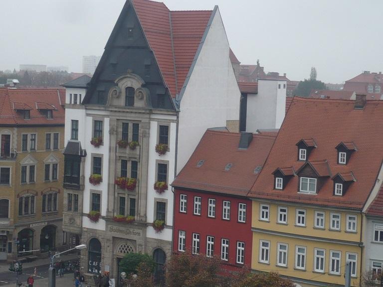domplatz-ef-umkreis-aus-55m-gesehen_06-bibliothek