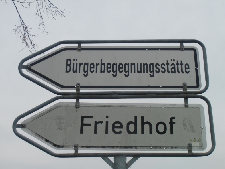 kurios-146-o%cc%88ffentliches-leben-u-sterben_e-e-s