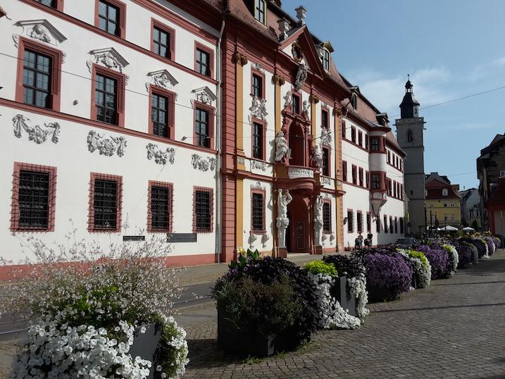 Hirschgarten vor Thür. Staatskanzlei u. Wigbertkirche