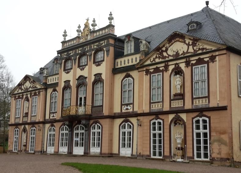 2017.11.07_01 Park und Schloss MOLSDORF Vorderansicht