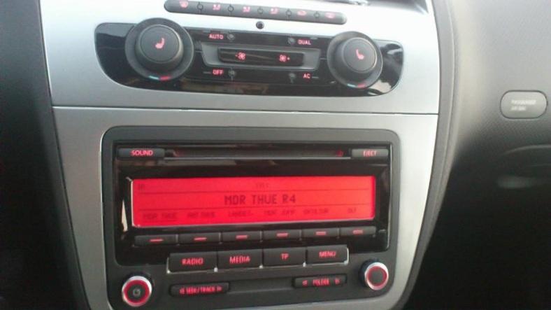 WARTEN - ein GLÜCK_dass es RADIO gibt