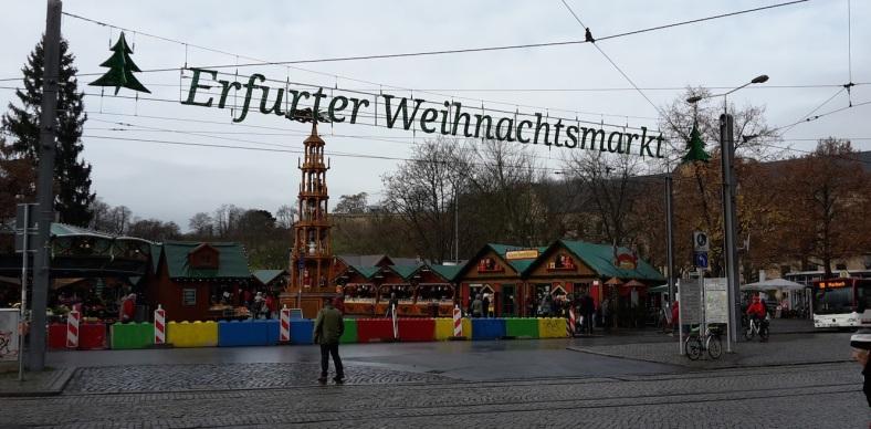WeihnachtsMarkt_befestigt