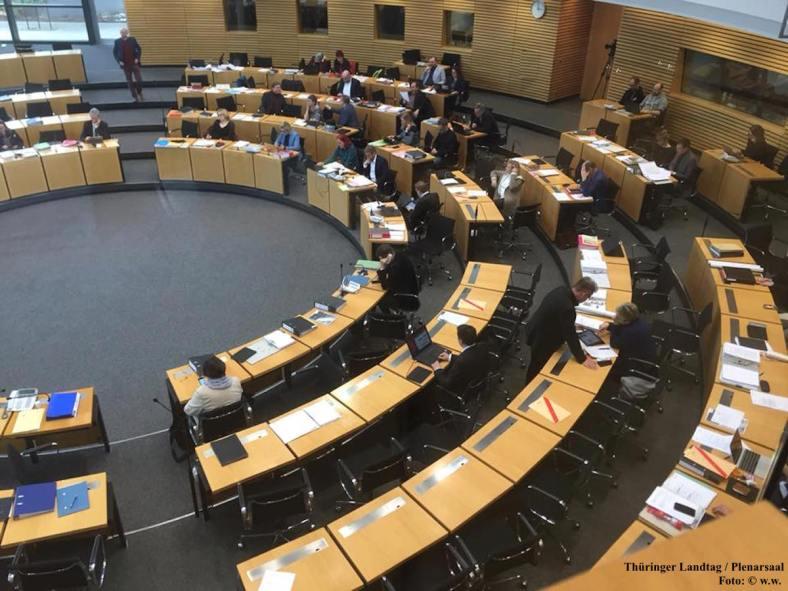 Thüringer Landtag Plenarsaal während Debatte