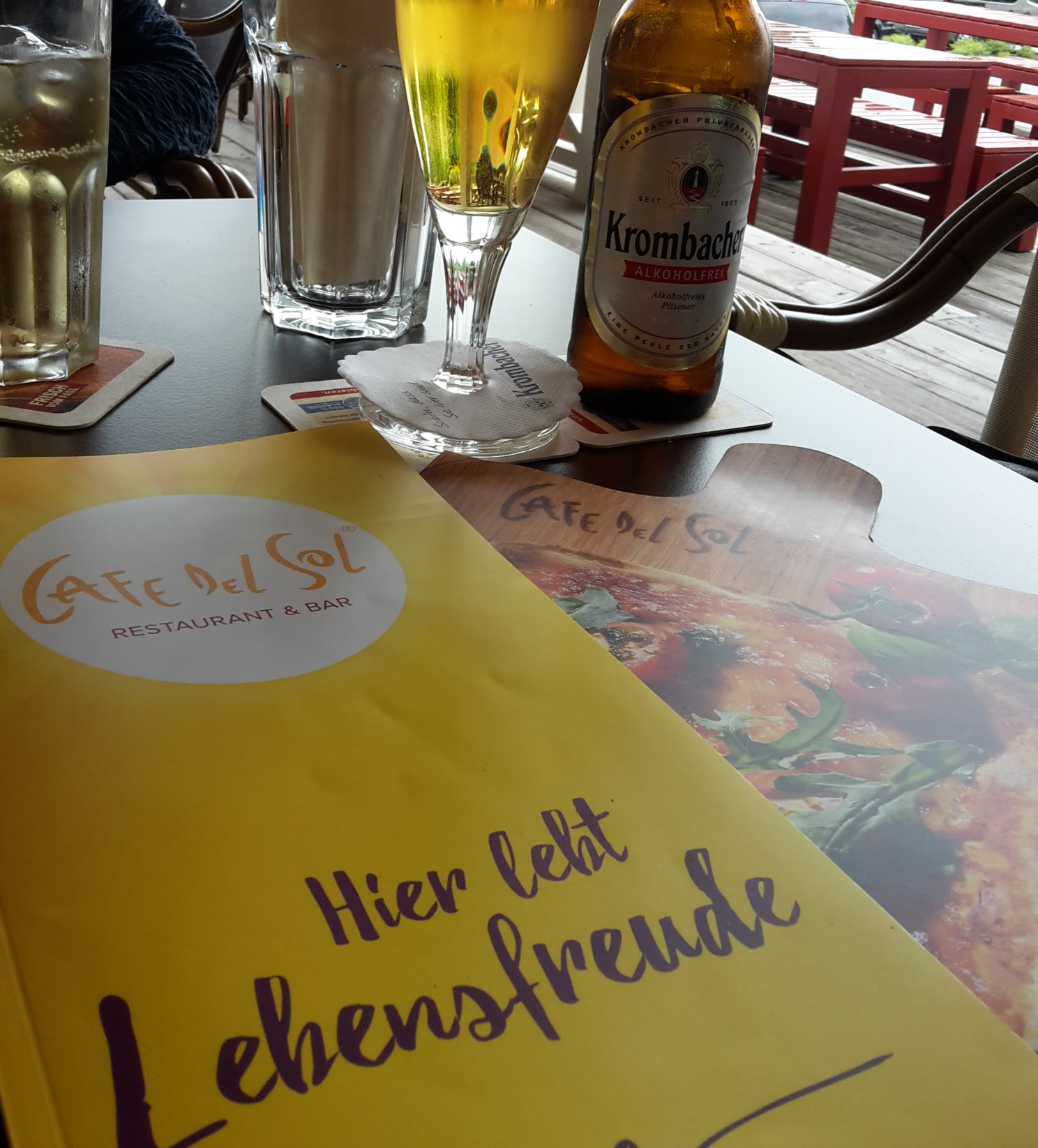 LebensFreude im Cafe