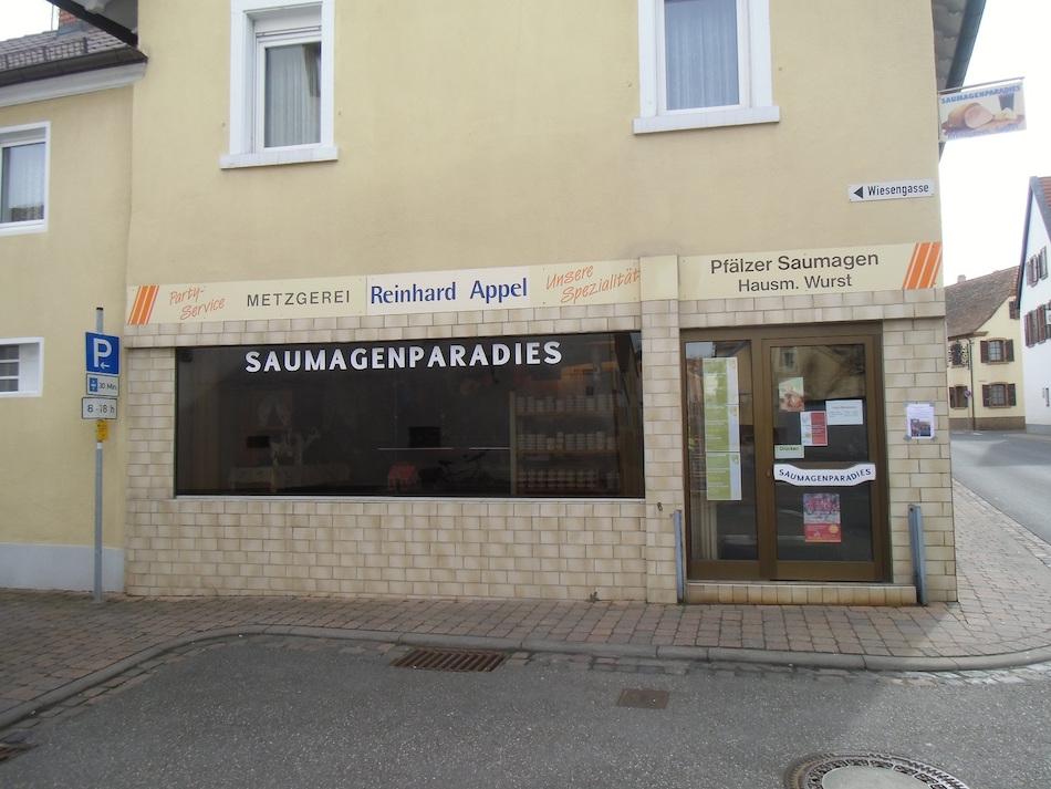 KURIOS 147 PARADIES - saumäßig_Kallstadt_e-e-s