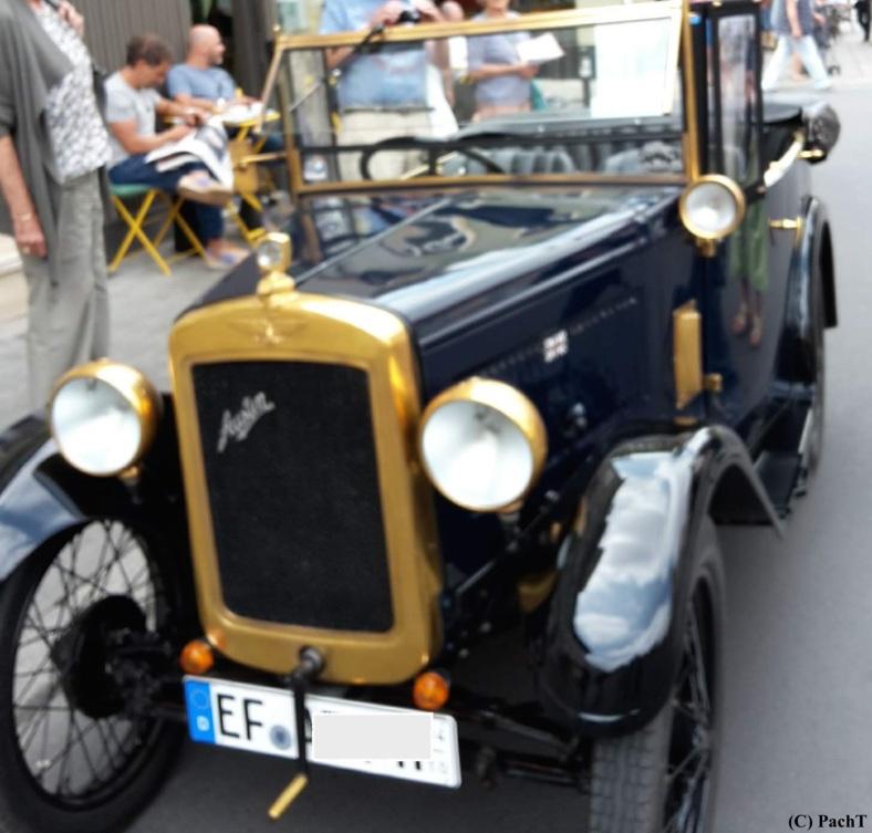 Oldtimer in Altstadt 1
