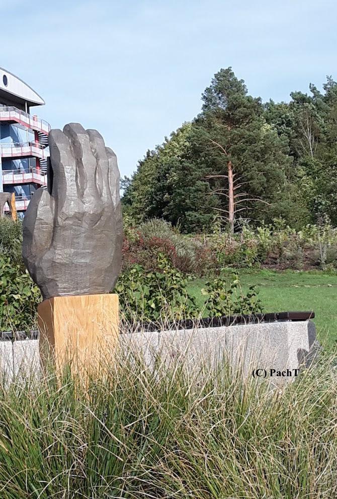 ZR_Hand