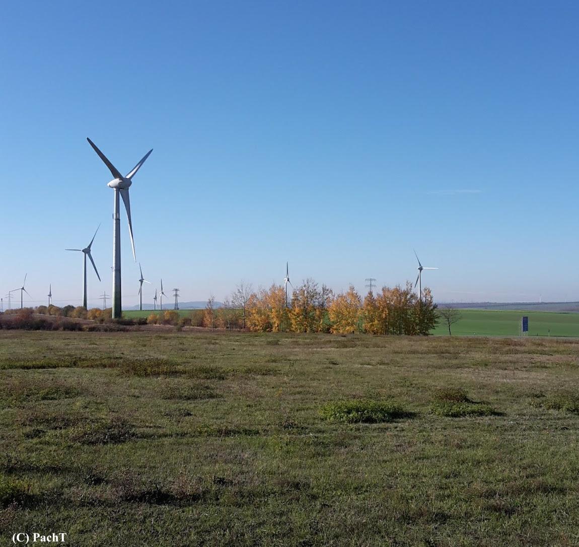 Herbst mit Windrädern 2