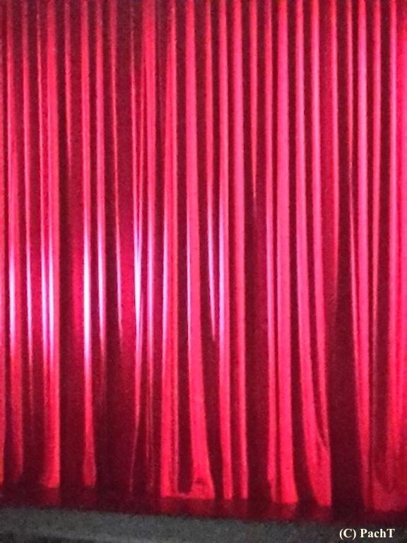 Hintergrund 30 roter Vorhang